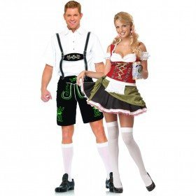 lederhosen couple
